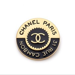 Chanel 31 Rue Cambon Pin Black and Gold